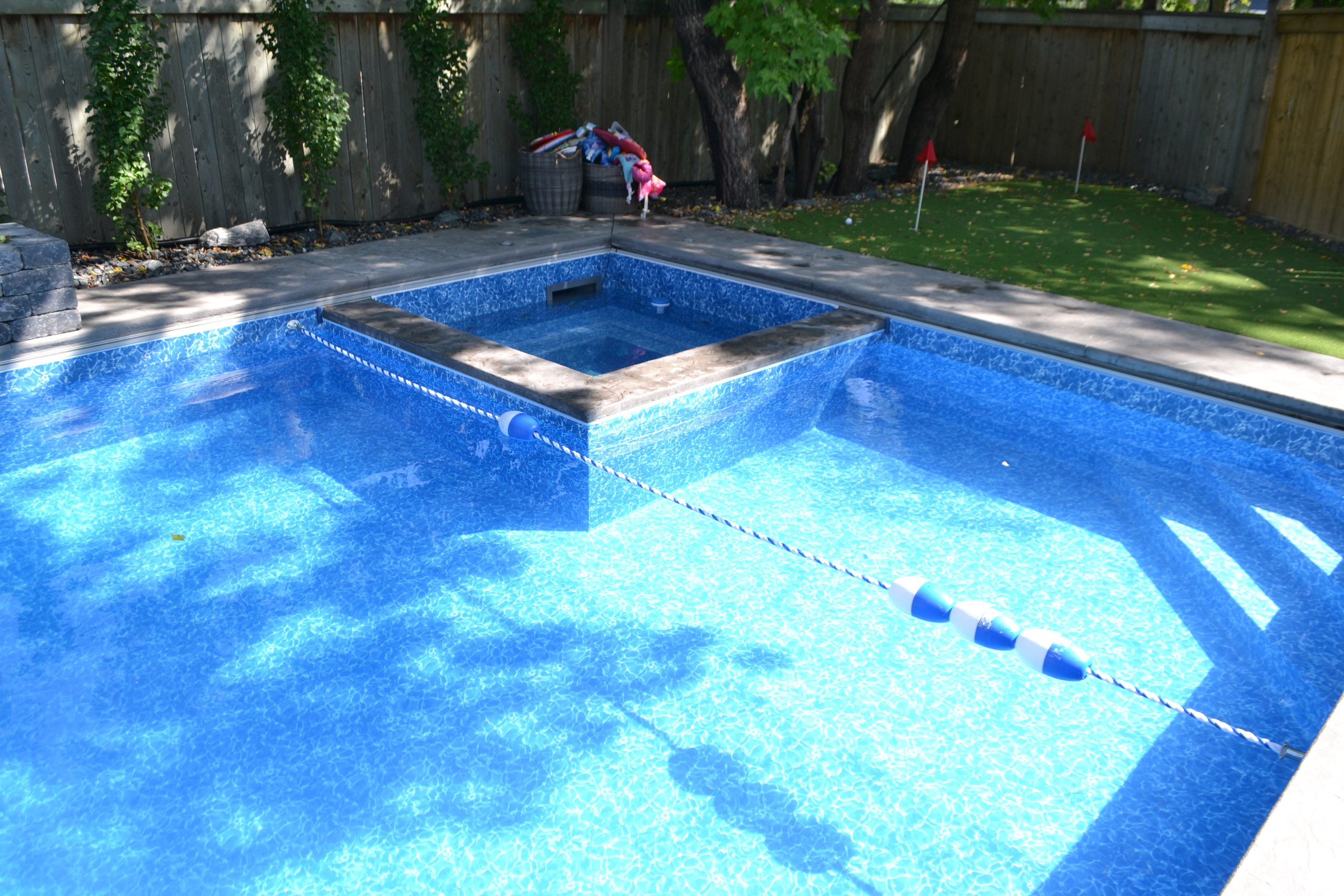 pool shallow end safety line