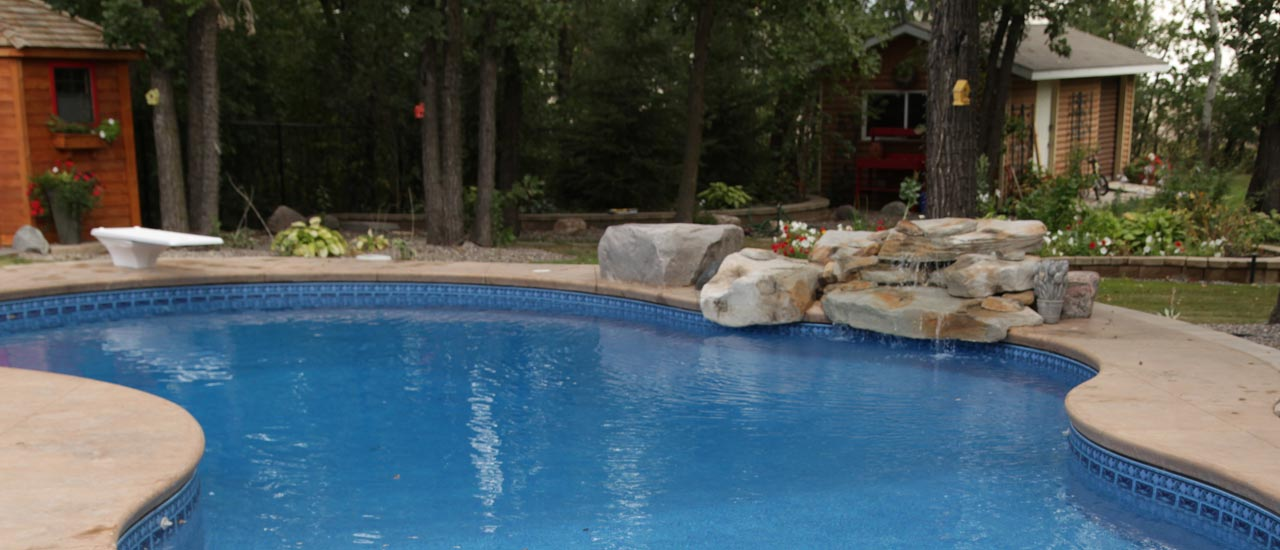 Salt Water Pool Benefits Amp Requirements Aqua Tech