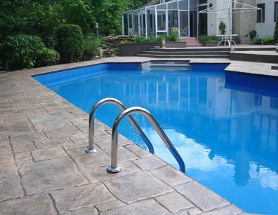Average Swimming Pool Maintenance Costs | Aqua-Tech