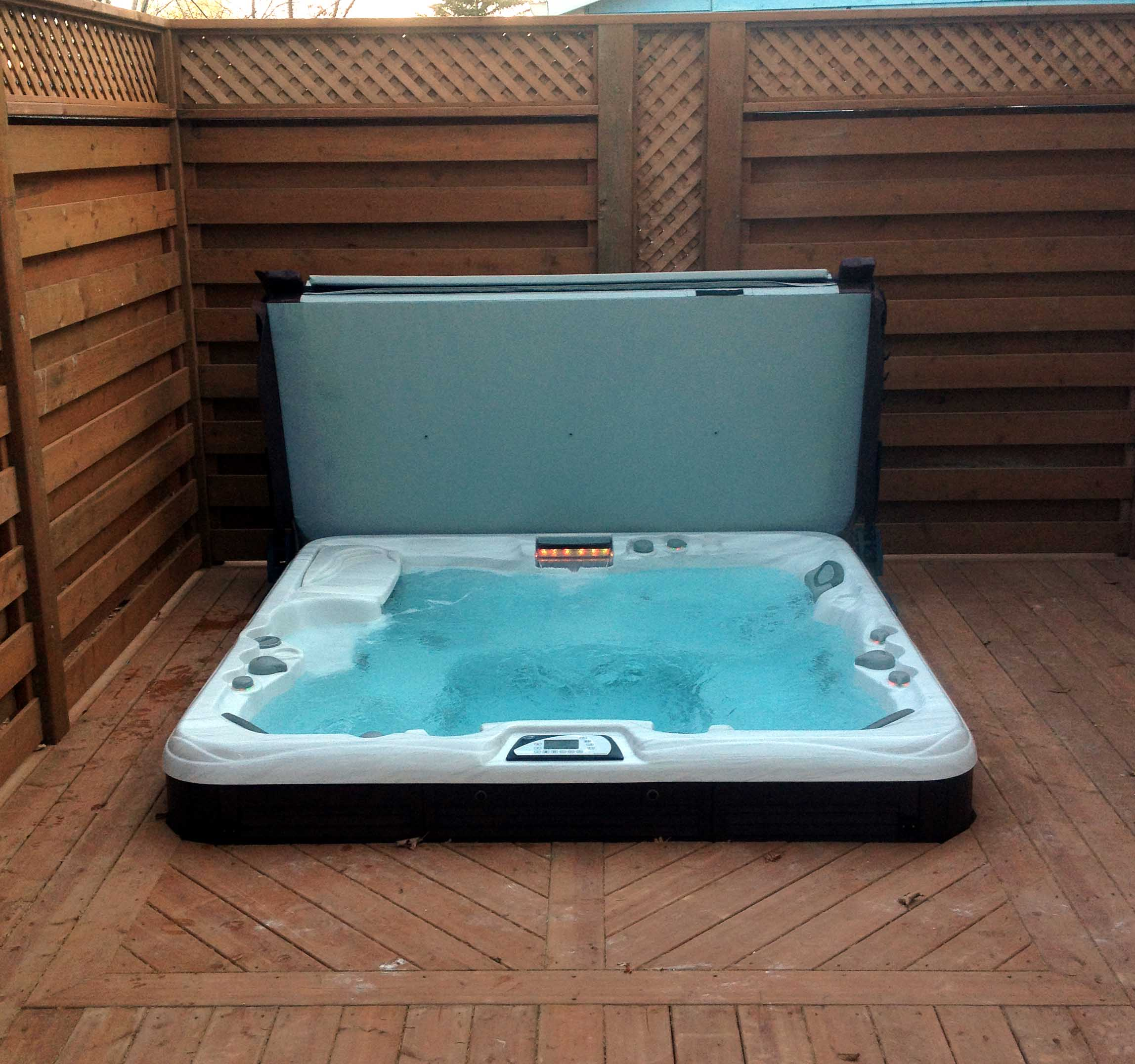 hot tub deck 1 - Aqua-Tech